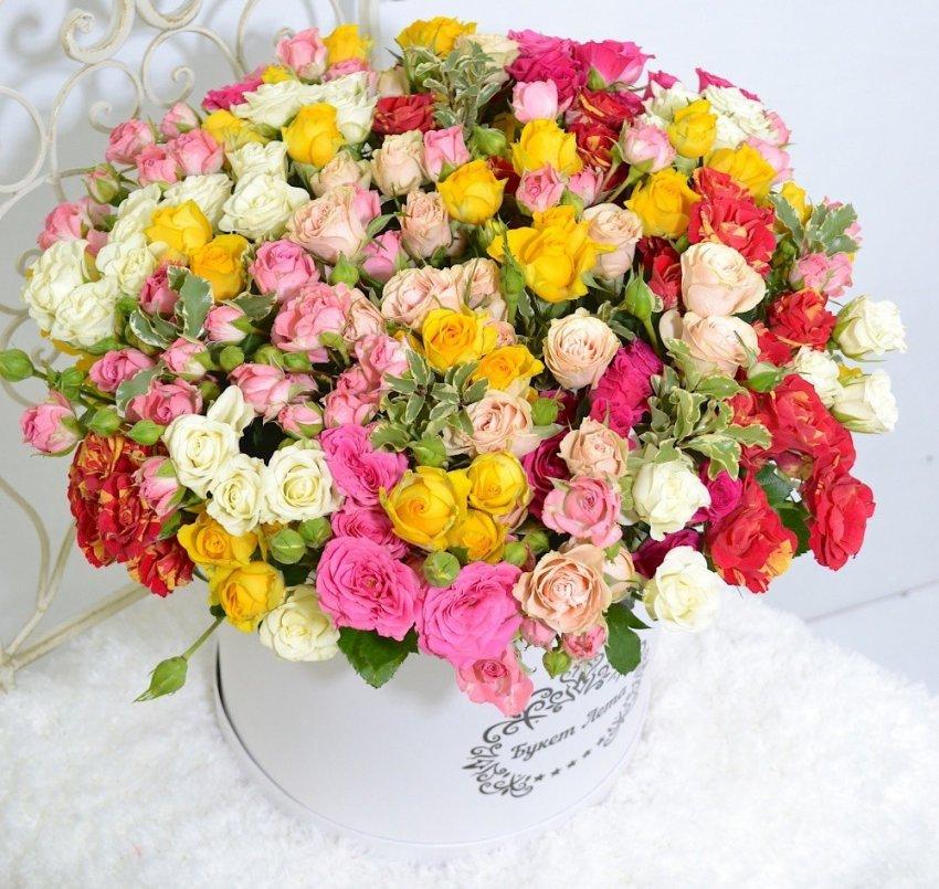 Как сохранить свежесть роз в букете?