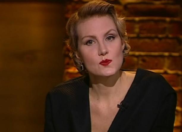 Рената Литвинова попробовала себя в качестве модели на Неделе модыв Париже