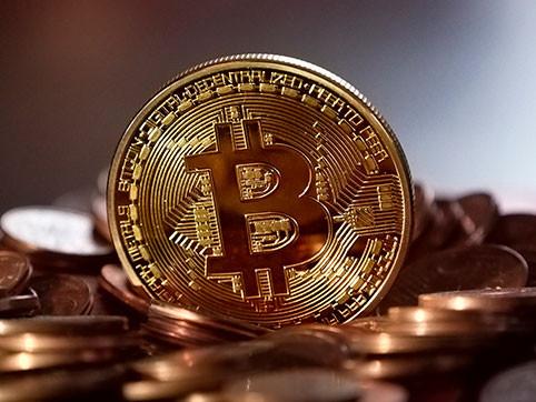 В какой валюте хранить деньги в 2020 году