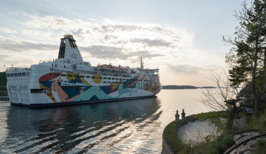 Российский паром «Принцесса Анастасия»: потерпевшее крушение судно доставлено в порт, обошлось без жертв