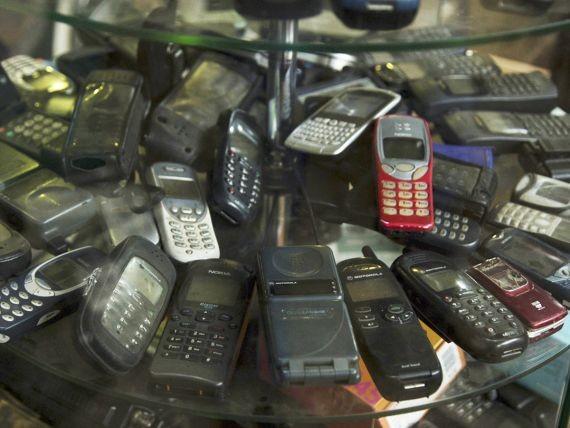 В России будут продавать кнопочные телефоны как у «новых русских»