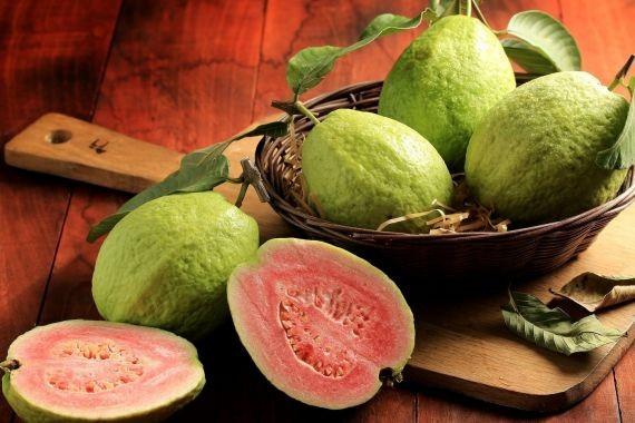 Ученые назвали гуаву самым полезным фруктом на Земле