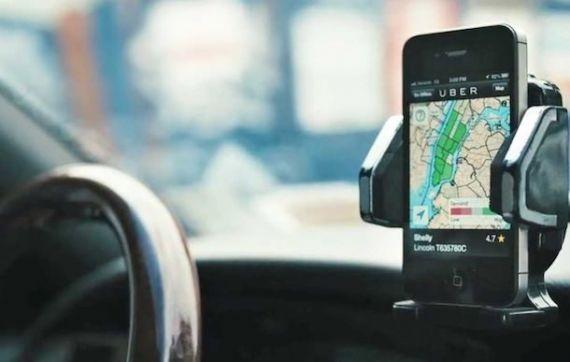 Названы 5 бесплатных мобильных приложений наиболее полезных для водителей в России