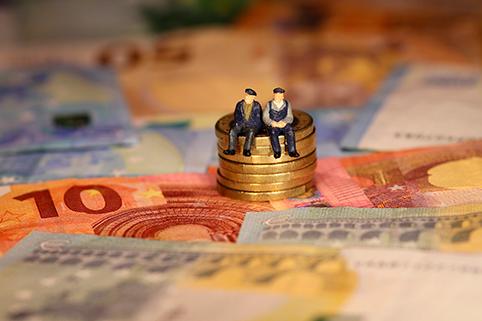 Россияне смогут получить 120 тысяч рублей за участие в новой системе накопительных пенсий с 2020 года