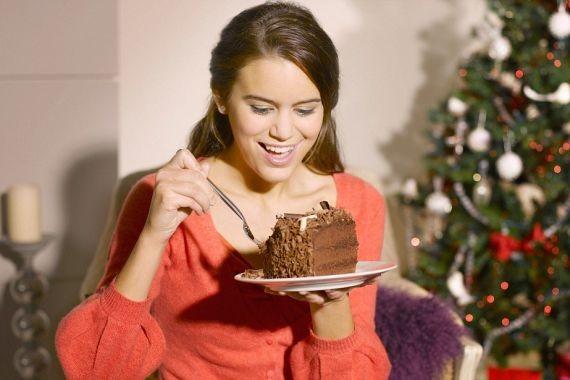 Гастроэнтеролог объяснила, почему сразу после праздников не нужно худеть