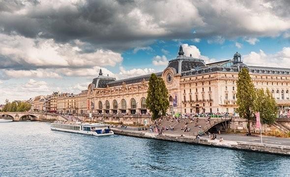 10 виртуальных туров по музеям мира — от Эрмитажа до Лувра