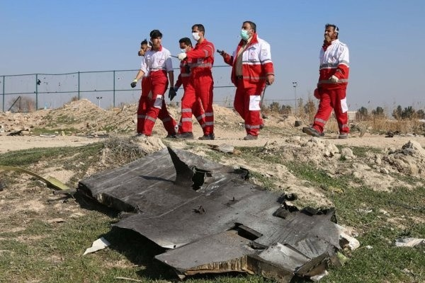 Опубликовано новое видео крушения украинского самолета в Иране