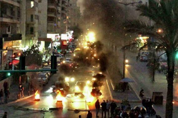 Посольство РФ в Бейруте оказалось в эпицентре столкновений демонстрантов с полицией