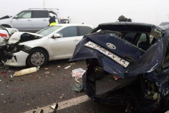 Следователи завершили работу на месте массового ДТП в Адыгее, где столкнулись 34 автомобиля