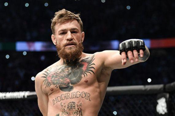 Макгрегор нокаутом победил Серроне в бою UFC 246 в Лас-Вегасе