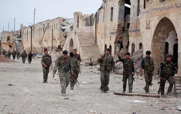 Сирийская армия продолжает бои с боевиками рядом с Алеппо