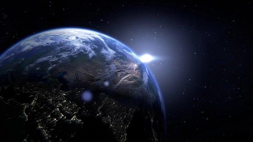 Межпланетное магнитное поле рядом с Землей неожиданно развернулось на 180 градусов