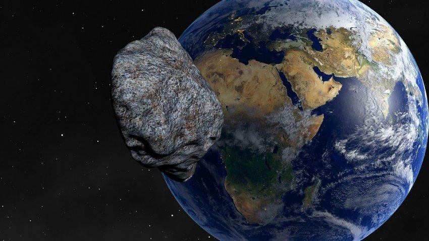 Ученые придумали, как изменить траекторию летящего к Земле астероида