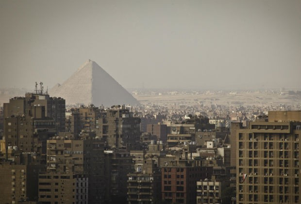 Что угрожает гибели египетских пирамид?