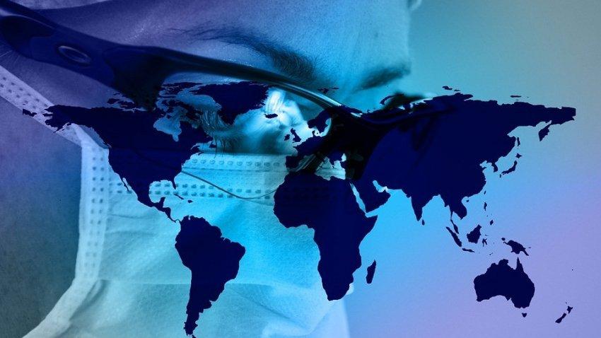 Бывший американский врач призвал всех заражаться коронавирусом