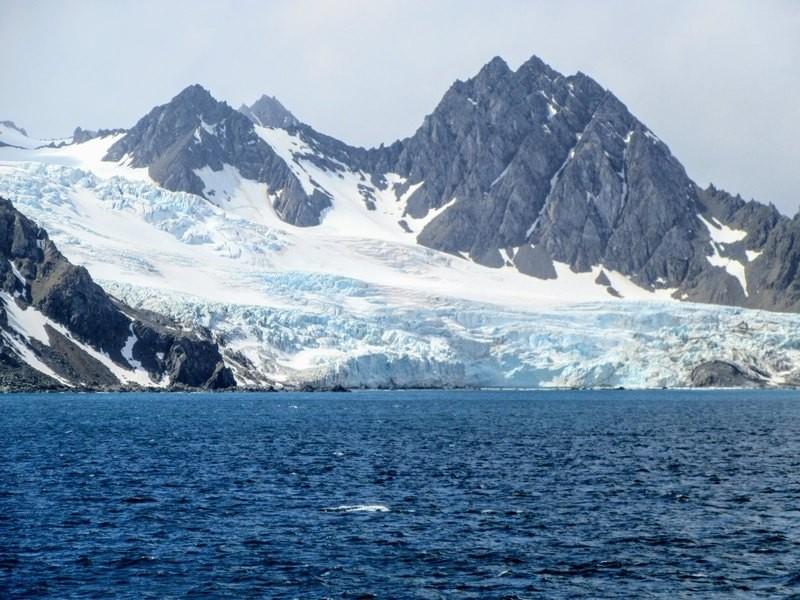 Что скрывается под ледниками Антарктиды?