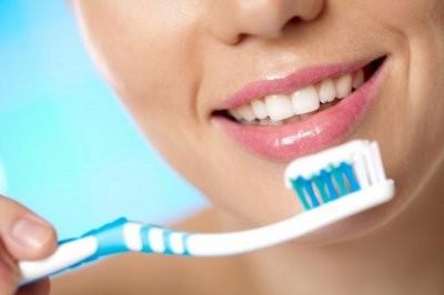 Зарубежные эксперты рассказали, какие зубные пасты могут вызвать рак