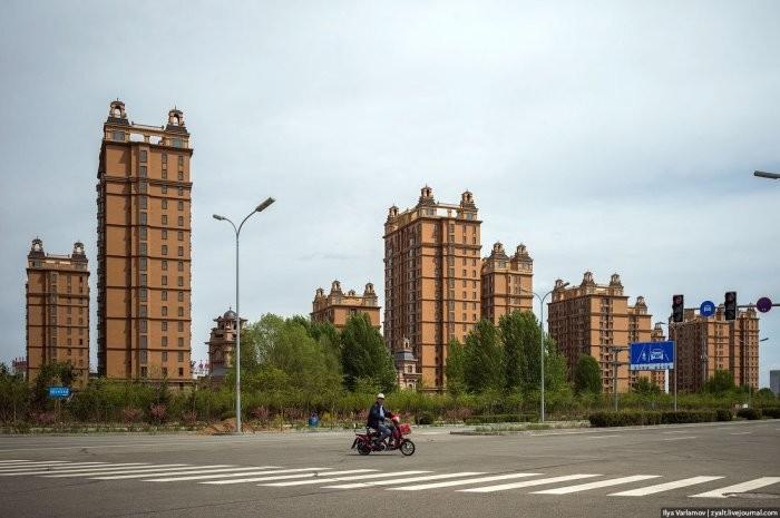 Опустевшие города-призраки и заводы-зомби Китая