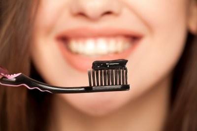 Названы 5 естественных способов улучшить здоровье полости рта