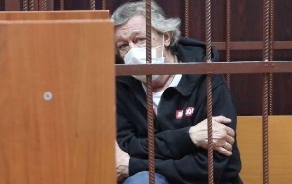 Экс-жена Ефремова объяснила, откуда в крови актера могли взяться наркотики