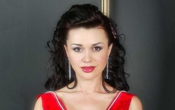 Анастасия Заворотнюк готовится к возвращению в профессию