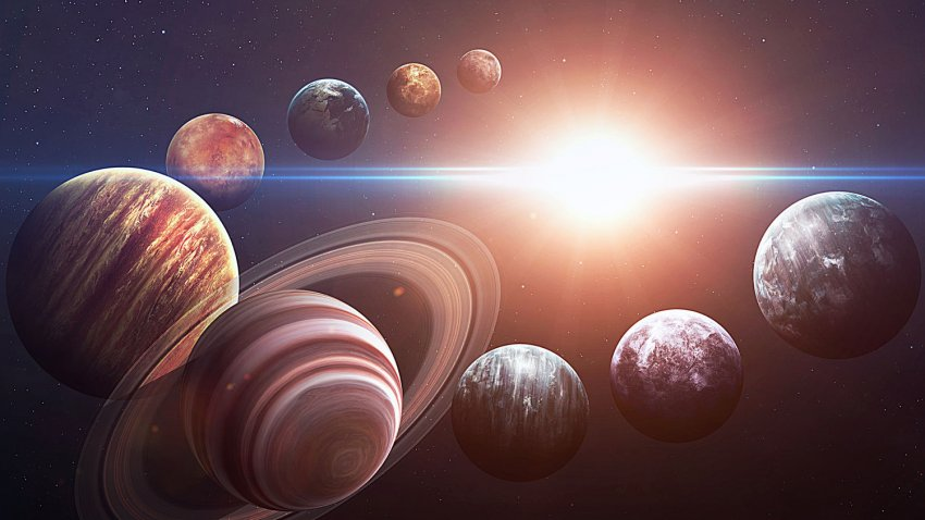 Пять ретроградных планет в сентябре: астролог рассказал об опасности