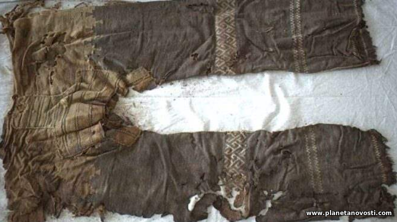 В Китае обнаружили штаны возрастом более трех тысяч лет назад