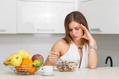 Врач рассказал, к чему приводит привычка не завтракать