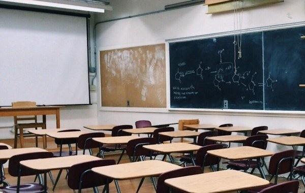 Санитарные меры в школах продлят до 2022 года