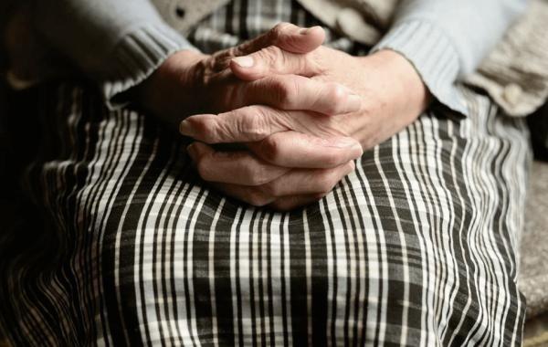 Режим самоизоляции для пенсионеров продлен в Волгоградской области