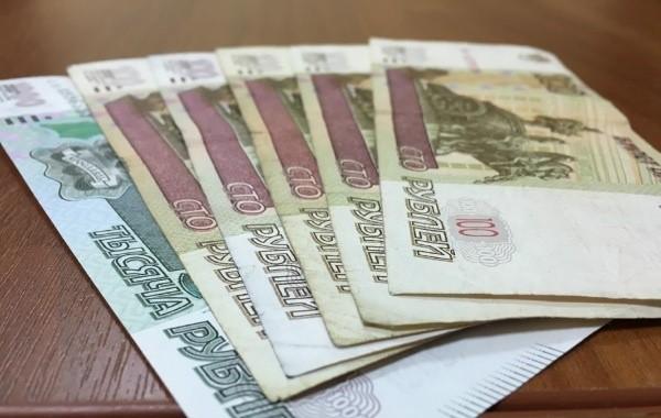 Россияне с детьми настаивают на выплатах в 10 тысяч рублей