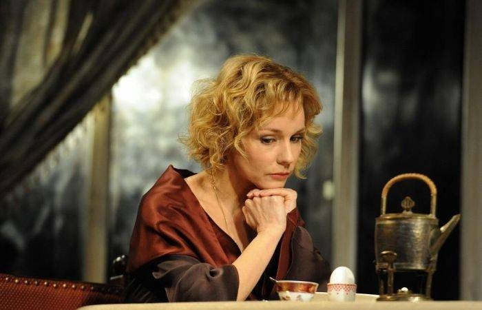 Актриса Марина Зудина вышла в свет и развеяла слухи о госпитализации