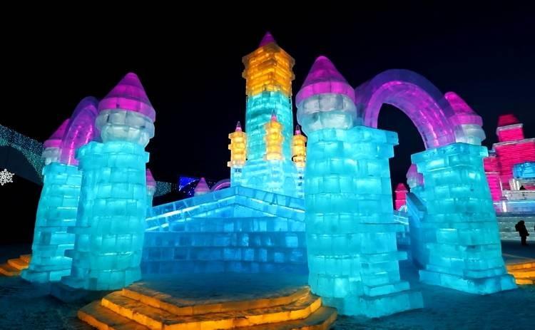 В Харбине открылся фестиваль ледяных скульптур 2021 года