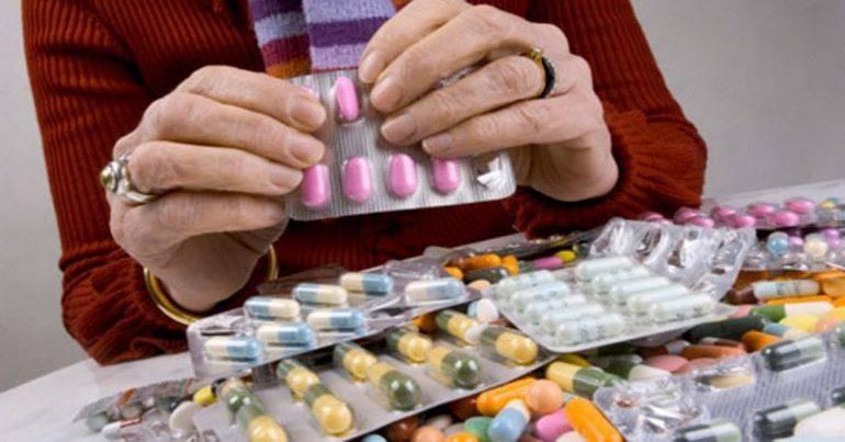 Медики составили список лекарств, которые нельзя применять при коронавирусе
