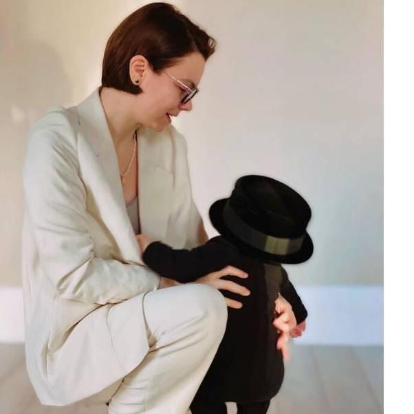 Маленький сын Евгения Петросяна имеет личного стилиста: супруга артиста показала новые фото ребенка