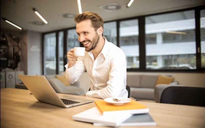 Советы для людей, как полюбить работу, которой они занимаются