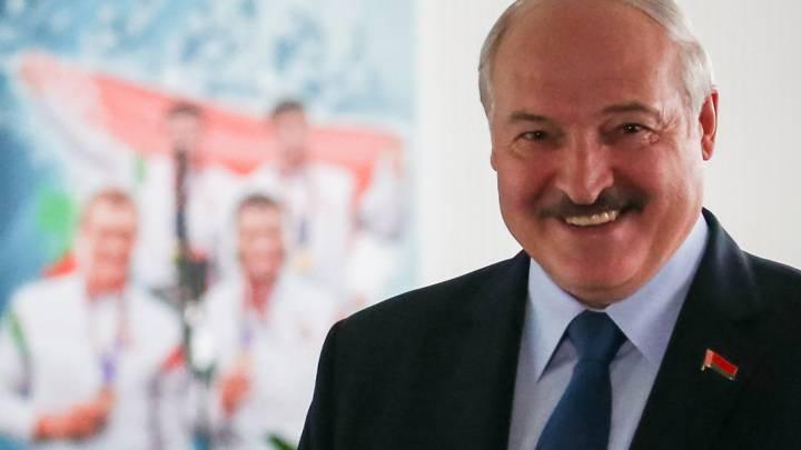 Александр Лукашенко рассказал о фальсификации на выборах и развитии Беларуси