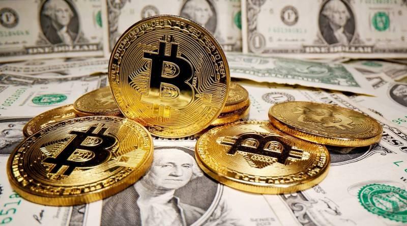 Цена биткоина превысила 50 тысяч долларов