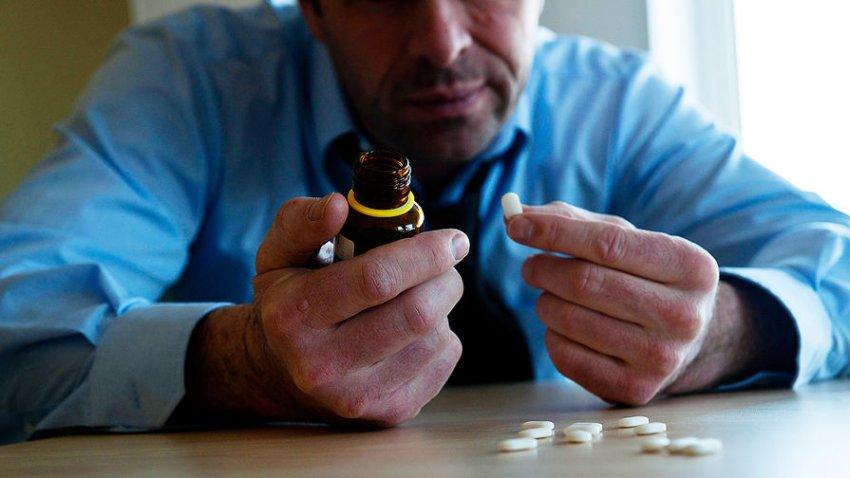 Доктор Александр Мясников рассказал о лекарстве, которое нужно убрать из аптечки