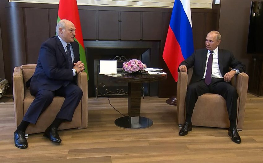 Главные итоги первой за время протестов встречи Путина и Лукашенко