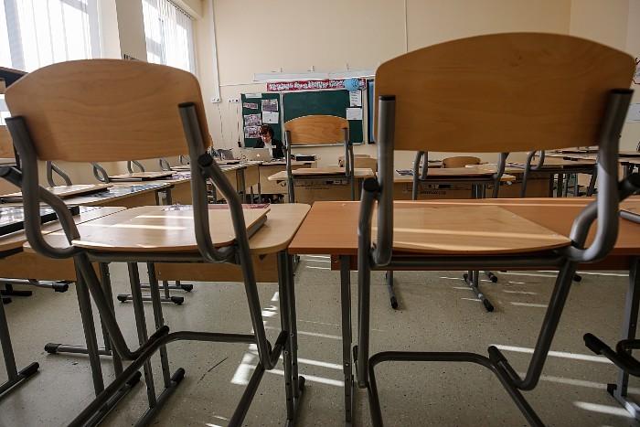 Мишустин утвердил упрощенные правила проведения выпускных экзаменов в 2021 году