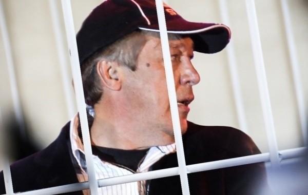 Поклонники пытаются понять, где находится актер Михаил Ефремов