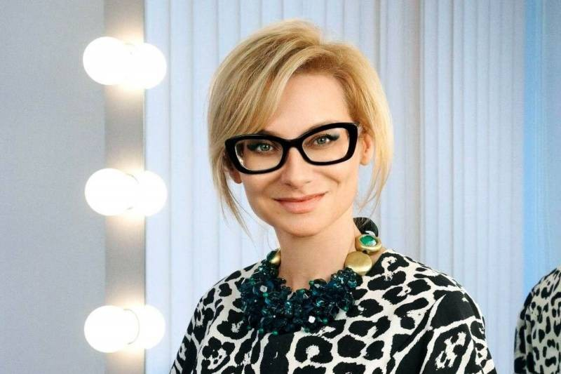 Эвелина Хромченко дала советы, как выглядеть стильно в 2021 году