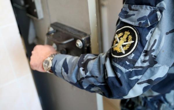 Власти отмалчиваются по поводу уголовной амнистии