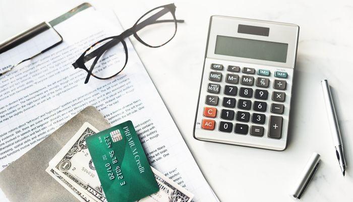 Как кредитные карты могут приносить прибыль