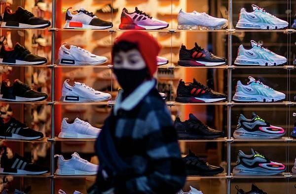 Кроссовки с сатанинской символикой вызвали недовольство фанатов компании Nike