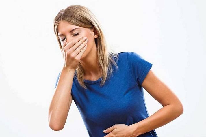 Почему чувство голода может сопровождаться головной болью и тошнотой