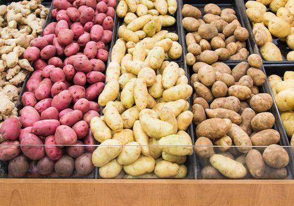 Представители Росстата сообщили об увеличении в марте 2021 года цен на овощи мясо и рыбу