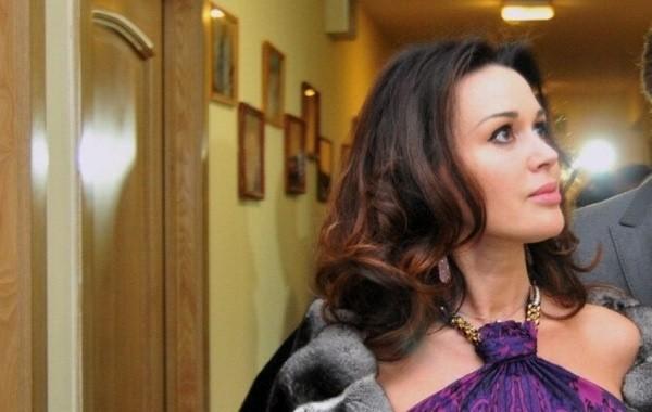 Дочь Заворотнюк призналась, что не может обходиться без помощи психолога