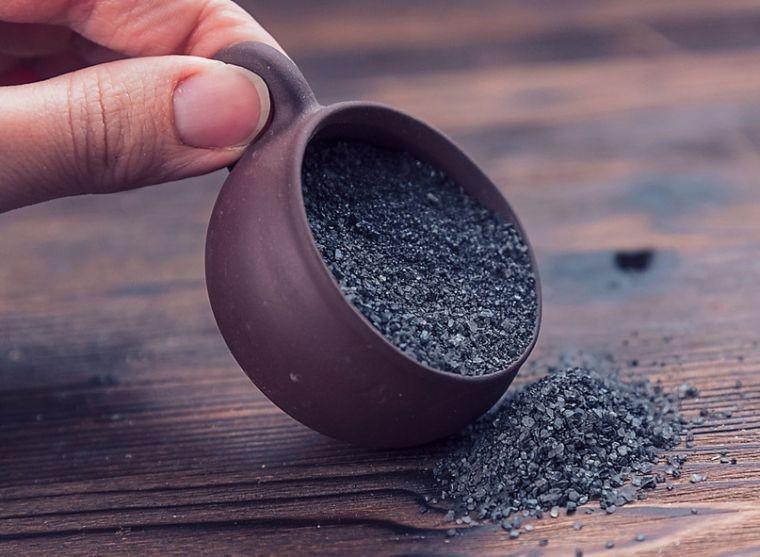 Соль, приготовленная в Чистый четверг, обладает целительной силой и защитными свойствами